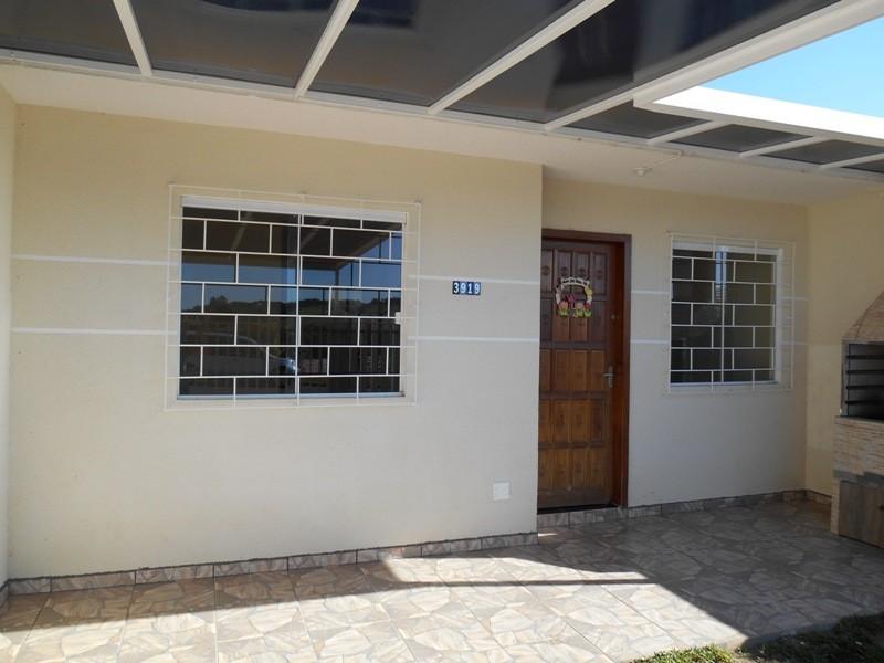 CASA EM ALVENARIA COM APROXIMADAMENTE 60,00 M², LOCALIZADA N